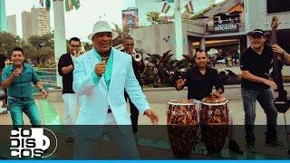 Javier Vásquez - Tiene Tumbao (Video Oficial)