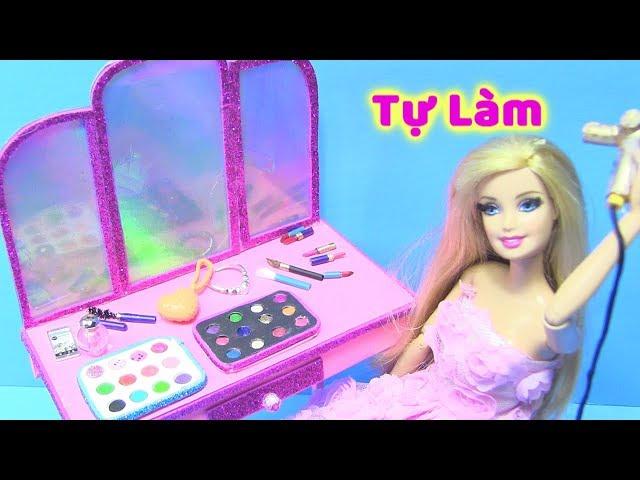 [Chị Bí Đỏ] Tự Làm Bàn Trang Điểm Cho Búp Bê Barbie (Màu Mắt, Son, Phấn, Chai Nước Hoa...) dạy làm đồ chơi !
