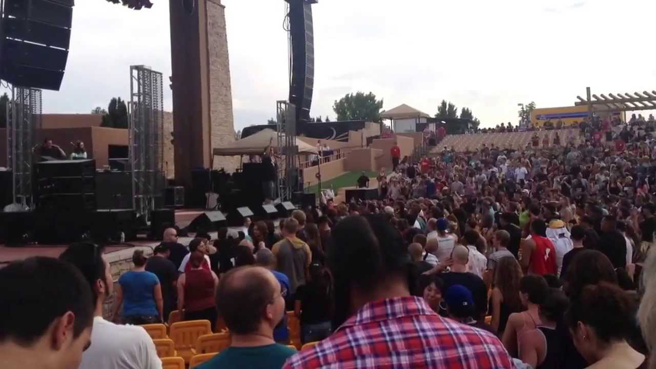 Atmosphere At The Sandia Resort Amphitheater In