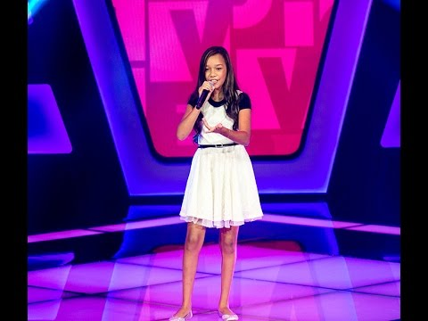 Nicole Luz canta 'That's what friends are for' no The Voice Kids - Audições|1ª Temporada