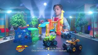 Superlooping de Acrobacias y Estadio Monster Dome - Blaze y los Monster Machines