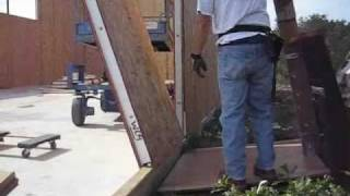 Putting up a Structural Insulated Panel by yourself