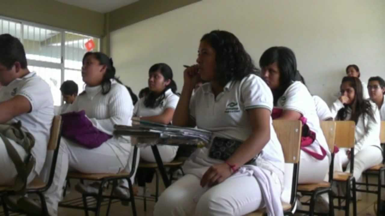 Alumnas en la escuela - 2 part 9