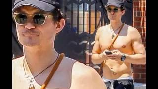 Orlando Bloom pictured completely NAKED while paddle boarding with Katy Perry