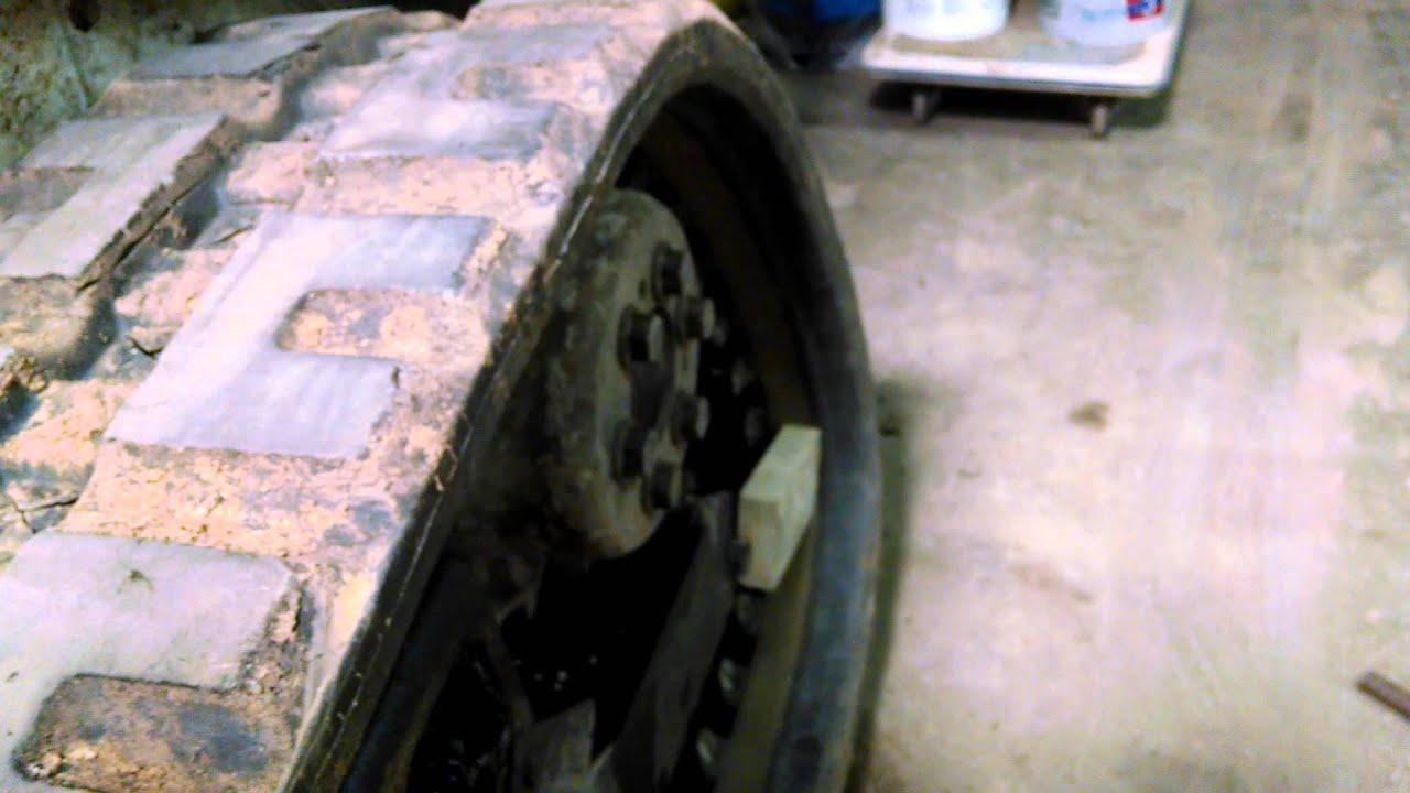 Bobcat T 190 track install