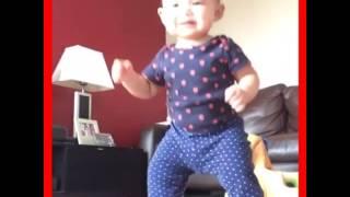 1yr old baby kiana dancing bubble butt