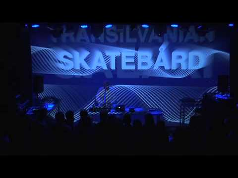 Skatebård live at EKKO - 'Love in the Night'