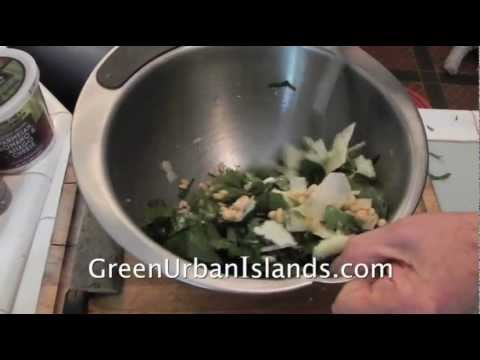 Pesto of garden basil -- made with only a blender from YouTube · Duration:  2 minutes 56 seconds