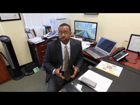 An Insurance and Financial Services Company Reviews Social Media Top Team