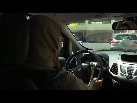 Saudi Women Ready to Test-Drive New Freedom