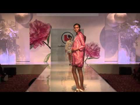 AKULTURASI 2015 - Fashion Show