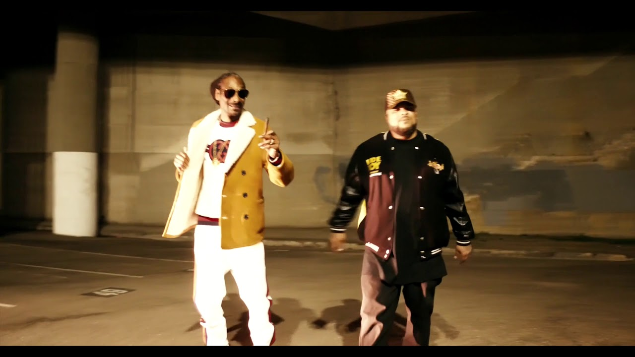 Download Snoop Dogg- Doggytails ft. Kokane (Official Music Video)