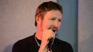 Craig Morgan Sings Wake Up Loving You