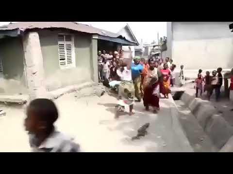 Wadada wavua chupi na kubaki uchi Dar es salaam kwny vigodolo Hakikisha una subscribe na kucoment