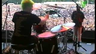 """Green Day - """"When I Come Around & Good Riddance (Time of Your Life)"""" 08/22/1998"""