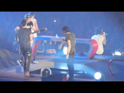 One Direction - Don't Forget Where You Belong (Phoenix, AZ 9/16/14)