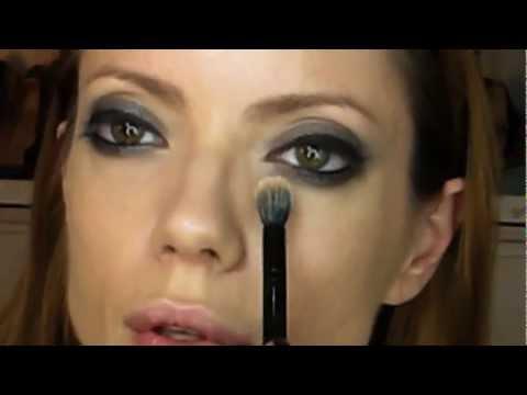Julia Petit Passo a Passo Festa Rapida Maquiagem