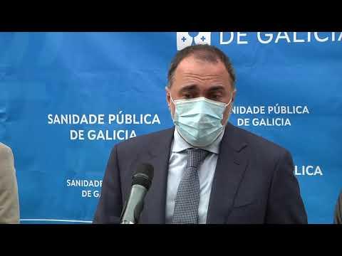 El centro de salud de Ribadavia recibió la visita del conselleiro de Sanidade