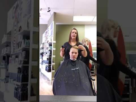 Behind The Scenes Of Getting My Haircut  ( Great Clips Addition  )