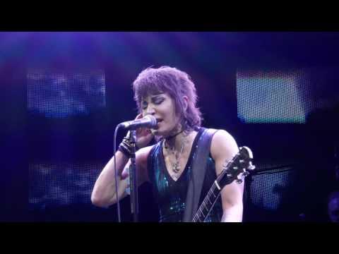 Joan Jett 2016 09-22 Tampa Florida - Joan's Birthday Show