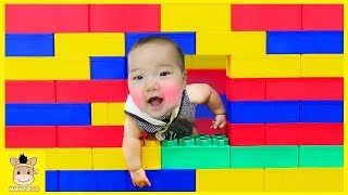 Learn Colors with Giant Color Brick Block House Kids Toys Pretend Play Songs | MariAndKids Toys