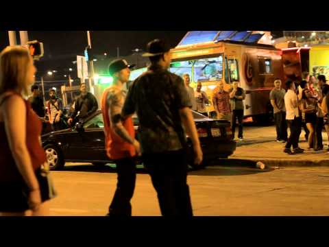 Brutal Street Fight Downtown Austin Texas 2014