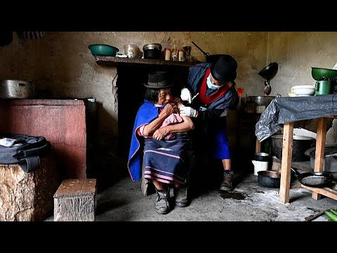 شاهد: ممرضة تحارب كورونا وتنقل اللقاح على دراجتها النارية إلى المناطق النائية في كولومبيا…