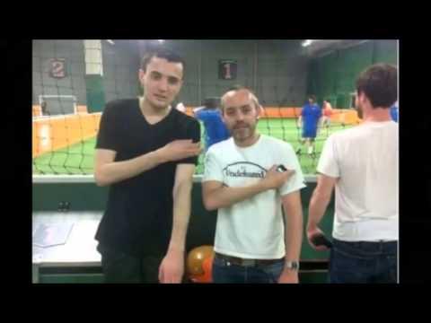 Yann Barthès fait une Quenelle - YouTube