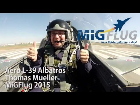 Los Angeles: Thomas doing Canyon Runs in Fighter Jet
