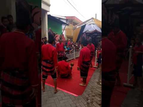 Paraga ( dancing ball )makassar culture