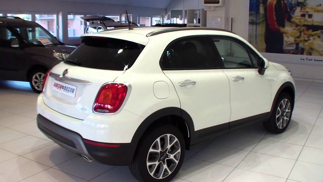 fiat lenzi fiat 500x 2 0 mjt 4x4 cross bianca youtube. Black Bedroom Furniture Sets. Home Design Ideas