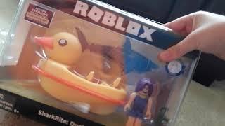 Apertura de Roblox patito barco y Roblox caja ciega serie 5