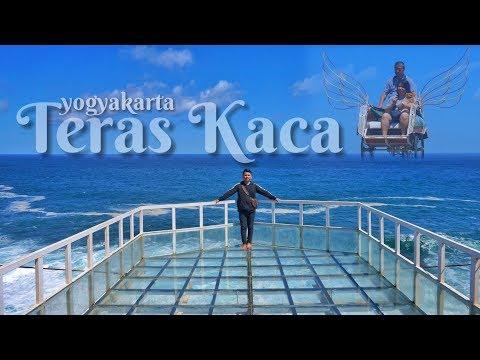 teras-kaca-yang-lagi-viral-di-yogyakarta-gunung-kidul-pantai-nguluran-sebelah-pantai-gesing