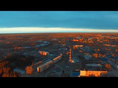 Город Ивдель, пос. Гидролизный, полет на закате.