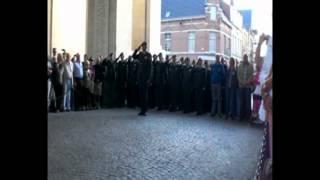 310 Hrstcie bij herdenking Menenpoort Ieper, Belgie