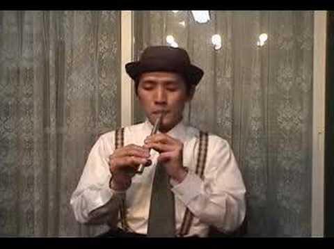hatao playing Irish Tin whistle ☆ティン・ホイッスルの演奏 - YouTube