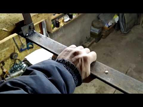 Изготовление и монтаж вместительной полки над воротами в гараже