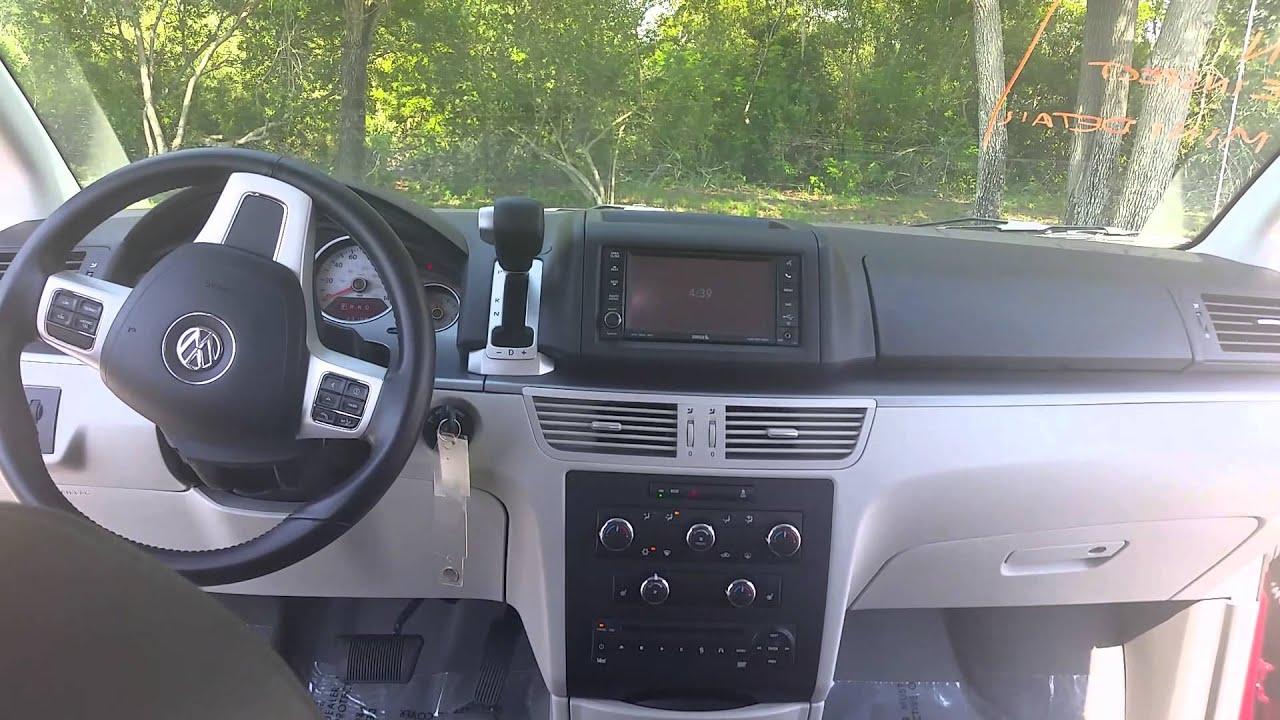 2012 volkswagen routan se 23163 miles deep claret metallic. Black Bedroom Furniture Sets. Home Design Ideas
