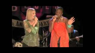 JULIA FORDHAM FT INDIA.ARIE - CONCRETE LOVE (Live from the House of Blues)