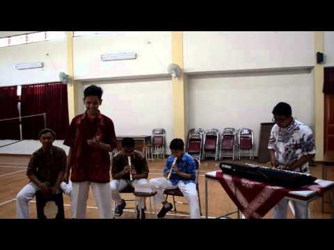 Musikalisasi Puisi 9E SMP N 1 Depok | D'Masiv - Jangan Menyerah #1