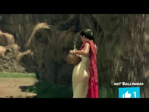 Hot Zeenat Aman bath scene assets exposed wet thumbnail