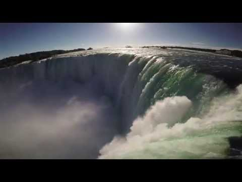 WATCH WHAT HAPPENS WHEN A DRONE FLIES OVER NIAGARA FALLS!! 60fps