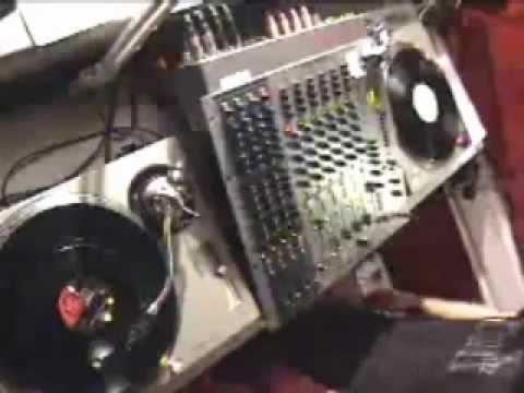 DJ Food & DK - DJ-Set On 4 Turntables '2001