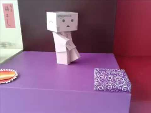 Happy brithday emak (animasi stopmotion danbo)