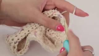 Back To School Crochet Pencil Case Tutorial