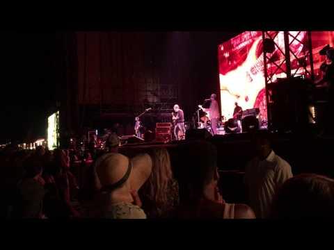 John Mayer - Queen Of California / Fire On The Mountain (The Gorge Amphitheater 7/21/17)