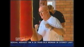 Johnny Lewis trains Cronulla Sharks team