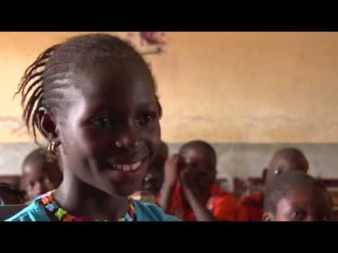 Le parrainage change la vie des enfants de Guinée on YouTube