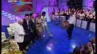 Kürtce Halay Müzik Potpori Mardin Kapi Sen Olur FOX TV Canli