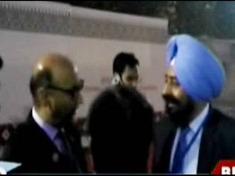 Caught On Camera: Abdul Basit Argues With  Security Personnel In Amritsar
